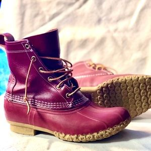 CLASSIC LIMITED EDITION RED L.L.BEAN BOOTS (7W)